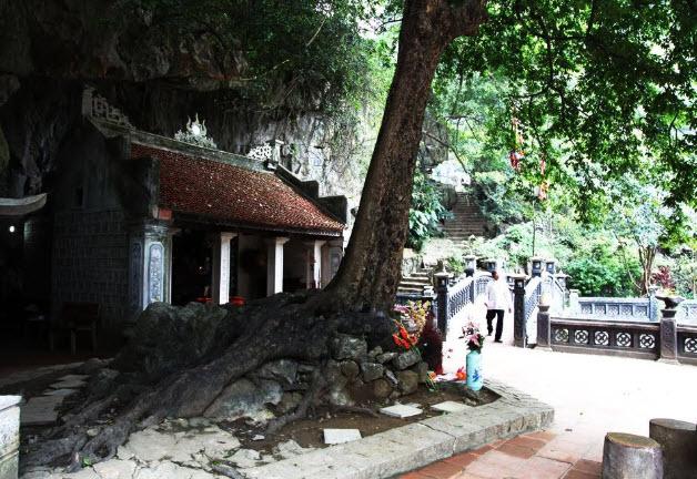 đền Trình - Phủ Khống